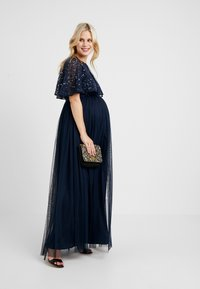 Maya Deluxe Maternity - CAPE OVERLAY DELICATE SEQUIN MAXI DRESS - Ballkleid - navy - 1