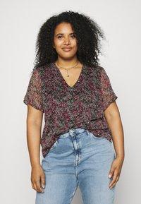 Vero Moda Curve - VMKAY - Print T-shirt - multi-coloured - 0