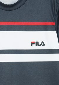 Fila - TREY BOYS - Print T-shirt - peacoat blue/white/red - 3