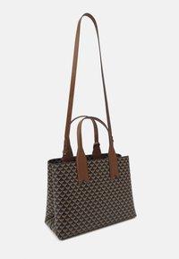 Emporio Armani - FRIDATOTE BAG - Handbag - brown/ecru/tobacco - 2