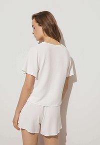 OYSHO - SHORT SLEEVE - Blouse - white - 1