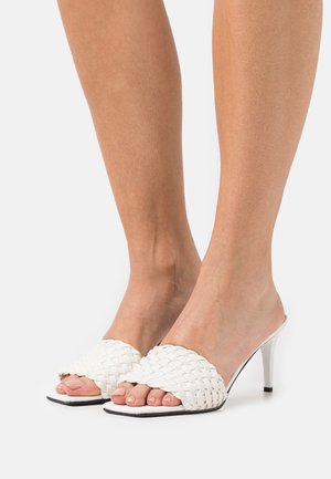 SOMON - Heeled mules - white