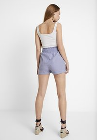 ONLY - ONLSMILLA STRIPE BELT - Shorts - medium blue denim - 2
