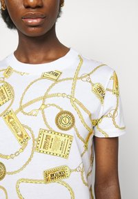 Versace Jeans Couture - DRESS - Jersey dress - white - 5