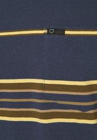 Brixton - HILT  - Print T-shirt - washed navy - 2