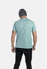 IZAS - T-shirt imprimé - wasabi - 2