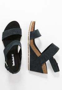 Timberland - CAPRI SUNSET WEDGE - Platform sandals - black - 3