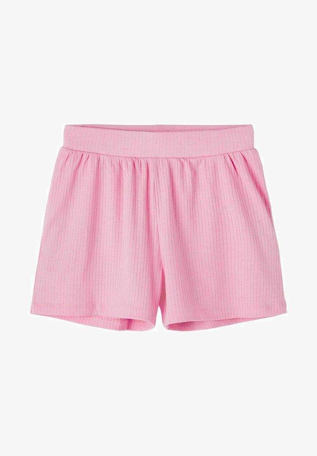LOOSE FIT  - Shorts - lilac chiffon