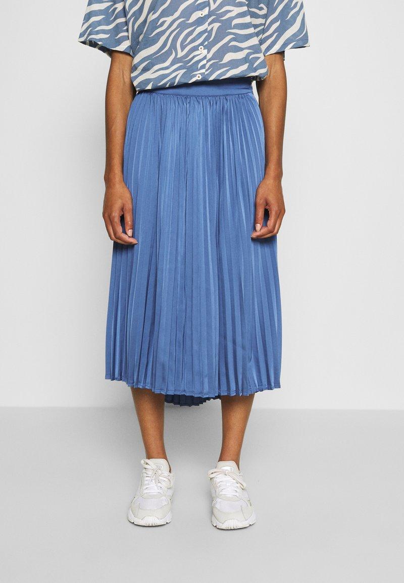 Moss Copenhagen - SENTA SKIRT - A-line skirt - gray blue