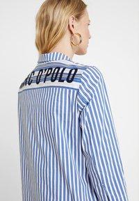 Marc O'Polo - DRESS STYLE STRIPED DESSIN - Košilové šaty - combo - 4