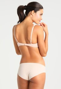 Triumph - AMOURETTE CHARM  - Underwired bra - neutral beige - 2