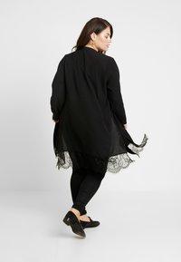 Evans - PEBBLE HEM KIMONO - Summer jacket - black - 2