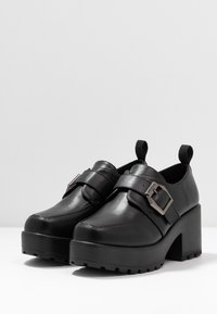 Koi Footwear - VEGAN - Escarpins à plateforme - black - 4