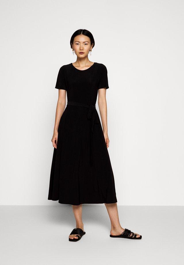 GALENA - Robe en jersey - schwarz