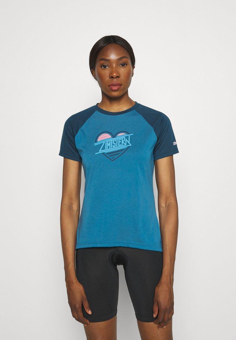 Zimtstern - HEARTZ TEE - Print T-shirt - blue steel/french navy