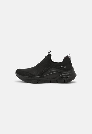 ARCH FIT - Trainers - black