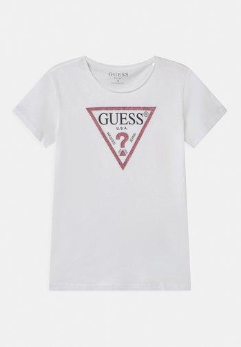 JUNIOR CORE - Print T-shirt - white/pink