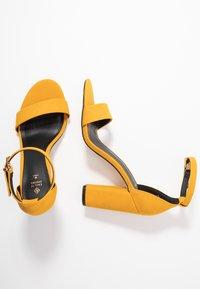 Call it Spring - TAYVIA  - Sandaler med høye hæler - dark yellow - 3
