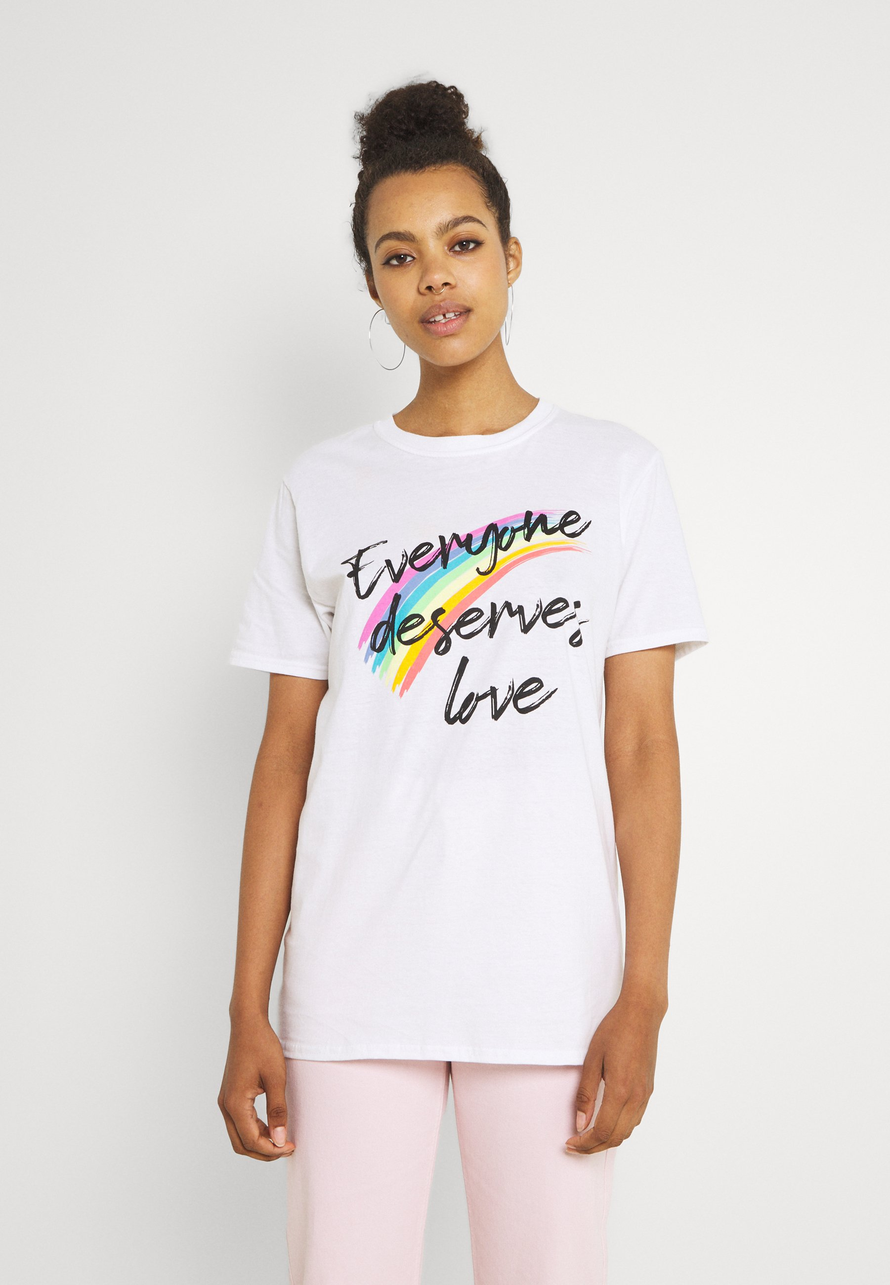 Donna EVERYONE DESERVES LOVE OVERSIZED TEE - T-shirt con stampa