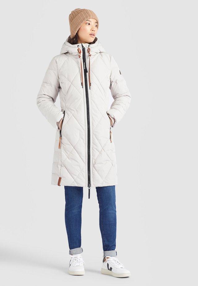 Płaszcz zimowy - beige