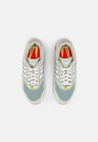 adidas Originals - ZX 1000  - Baskets basses - linen green/halo green/crystal white - 3