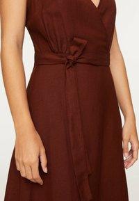 OYSHO - Day dress - brown - 5