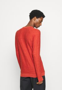 Selected Homme - SLHBUDDY CREW NECK - Jumper - ketchup - 2