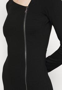 Patrizia Pepe - ABITO DRESS - Jersey dress - nero - 6