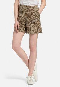 MARGITTES - Shorts - taupe/schwarz - 5