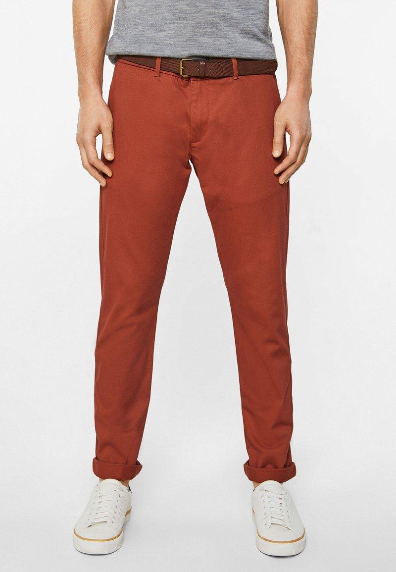 WE Fashion - EFFEN  - Chinot - red