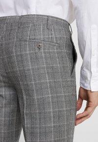 CC COLLECTION CORNELIANI - Trousers - light grey - 5