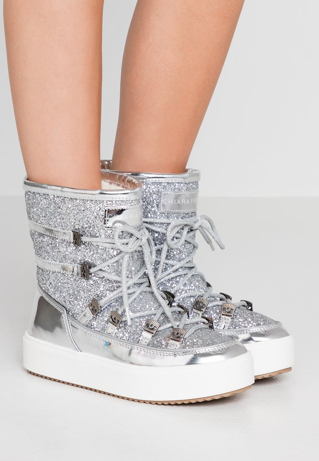 Lace-up ankle boots - silver