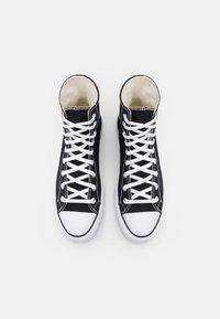 Converse - CHUCK TAYLOR ALL STAR LIFT XTRAHI - Zapatillas altas - black/white/black - 6