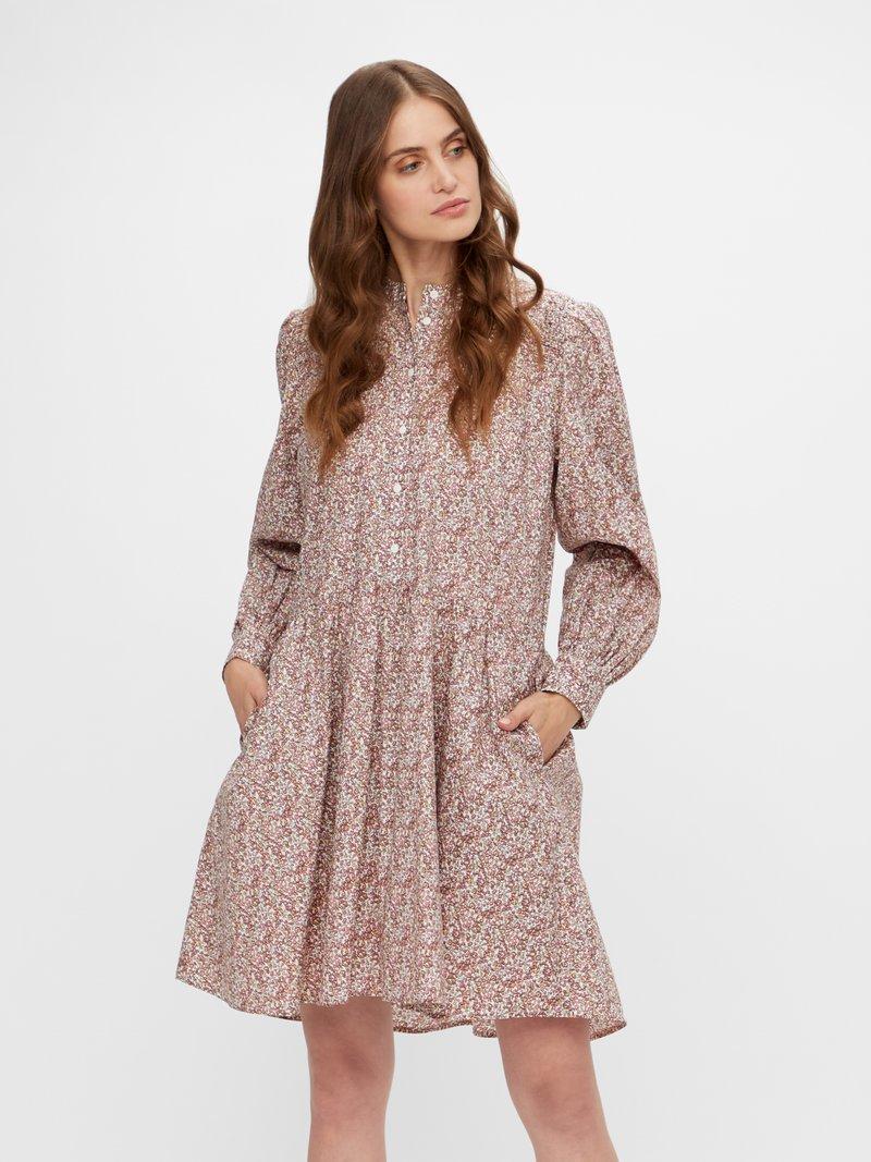 YAS - YASSIRELIA DRESS  - Skjortekjole - eggnog/sirelia