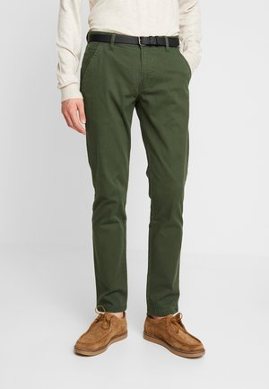 CLASSIC WITH BELT - Chinos - bottle green
