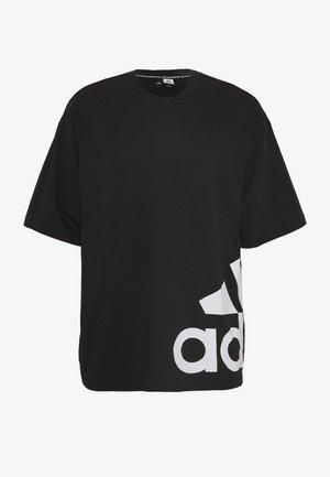 BOXBOS TEE - Print T-shirt - black/white