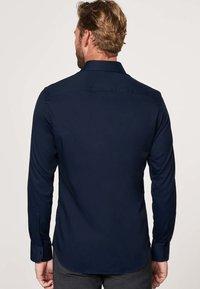 PROFUOMO - SLIM FIT - Formal shirt - navy - 1