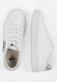 DeFacto - SMILEYWORLD - Sneakers laag - white - 4