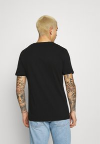 274 - REVOLT TEE - Print T-shirt - black - 2