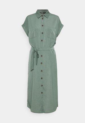 ONLHANNOVER DRESS - Košilové šaty - laurel wreath