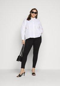 Pieces Curve - PCREMEY  - Button-down blouse - bright white - 1