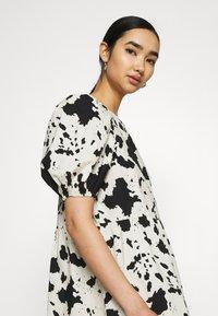 Monki - Day dress - black - 3