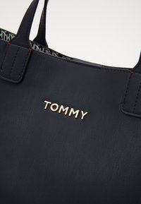 Tommy Hilfiger - ICONIC SATCHEL - Handbag - blue - 3