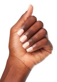 OPI - INFINITE SHINE - Nail polish - islv28 tiramisu for two - 1