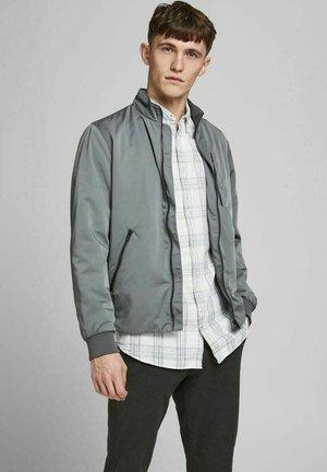 Summer jacket - new sage