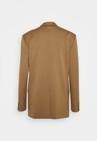 MM6 Maison Margiela - Short coat - camel - 6