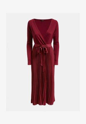 ERYNN PLEATED DRESS - Maxi dress - bordeaux