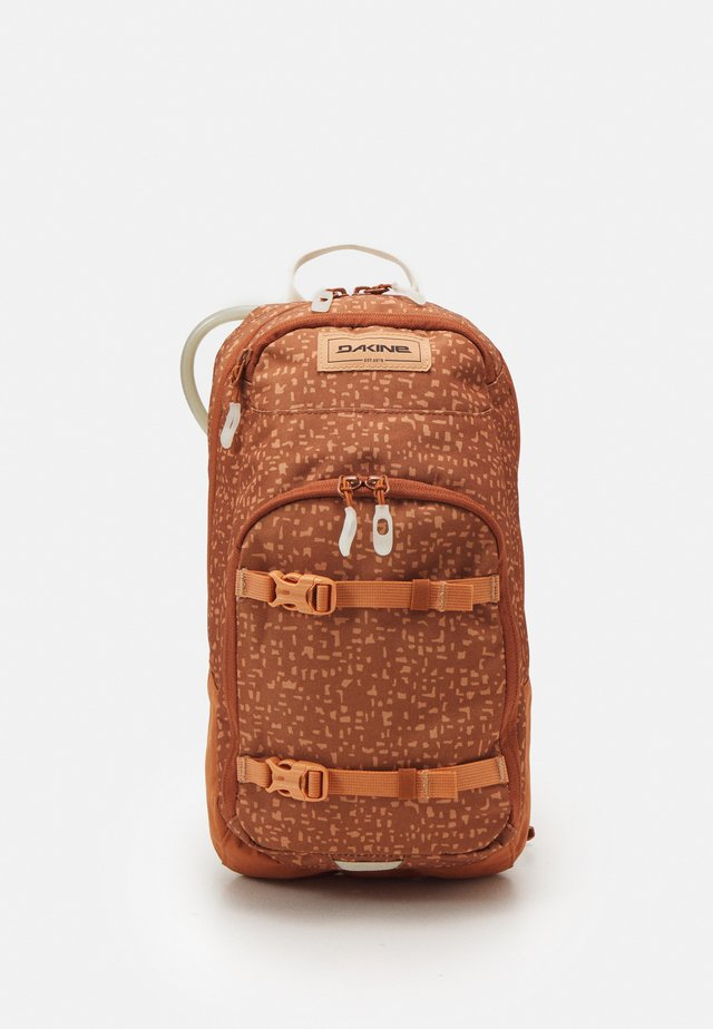 WOMENS SESSION 8L - Backpack - sparrow