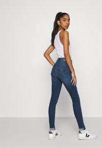 Tommy Jeans - SYLVIA SUPER  - Jeans Skinny - blue - 3