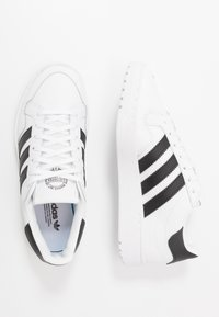 adidas Originals - TEAM COURT  - Sneakers laag - footwear white/core black - 0